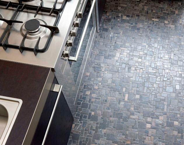Vloertegels Keuken Antraciet : Venetian Floors natuursteen mozaiek, antraciet, keuken