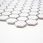 HUH HX 050 keramisch mozaïek hexagon klein in wit en zwart.