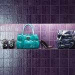 Original Style Pop Art wandtegels, voorzien van een krokodille patroon uitgevoerd in het paars.